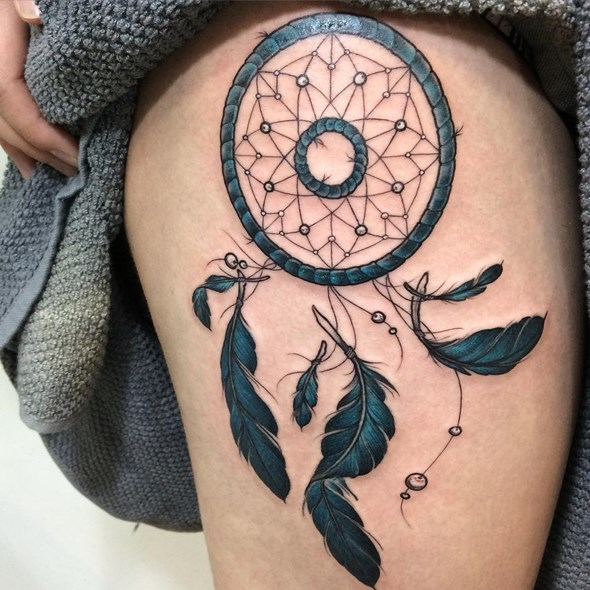dreamcatcher tattoos on thighs for females