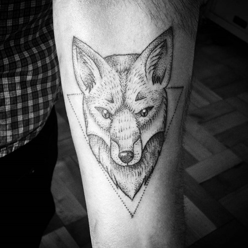 dotwork-fox-tattoo-designs