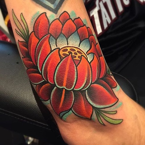 lotus-flower-traditional-tattoo