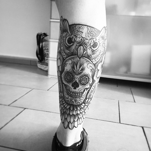 mexican skull and owl leg tattoo