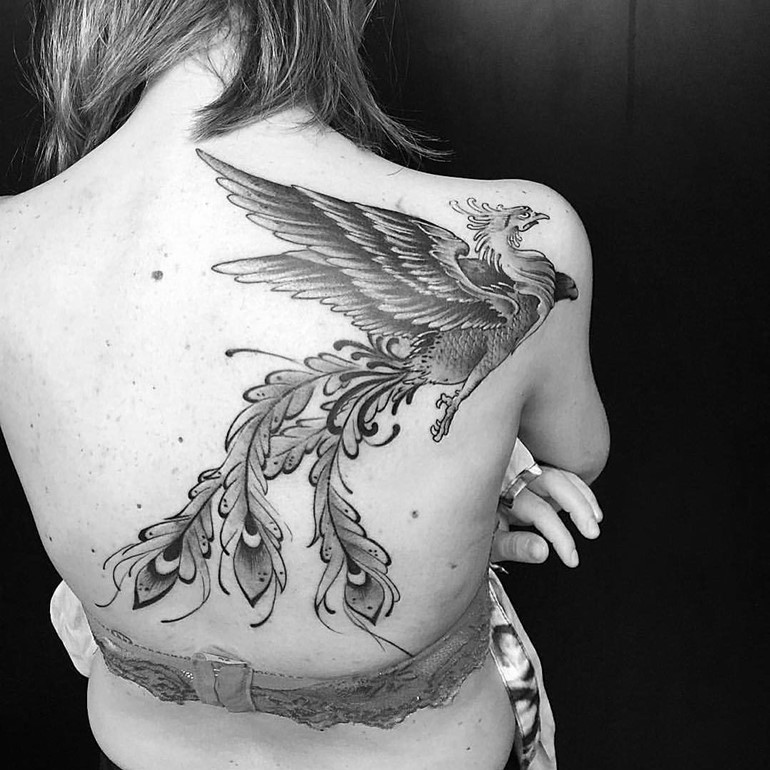 phoenix-tattoos-for-women-custom-designs