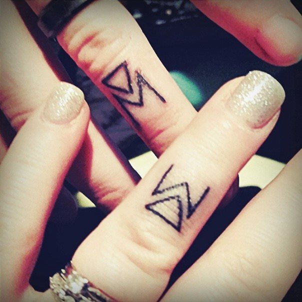 wedding ring tattoo-6