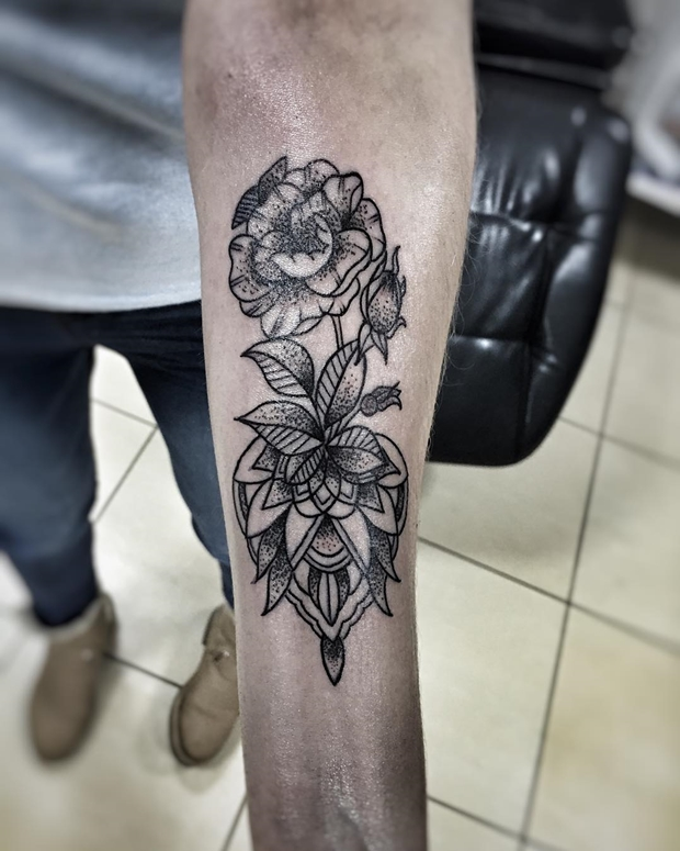 Black Rose Tattoo-1