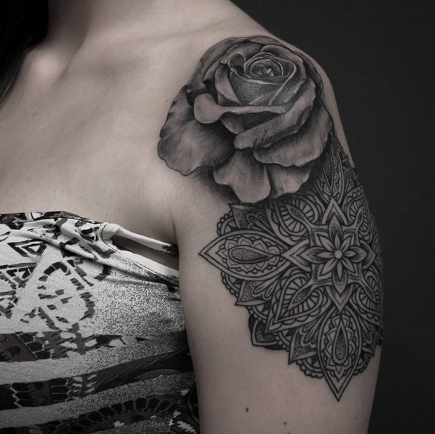 272cfb22c 42 Totally Awesome Black Rose Tattoo That Will Inspire You To Get Inked
