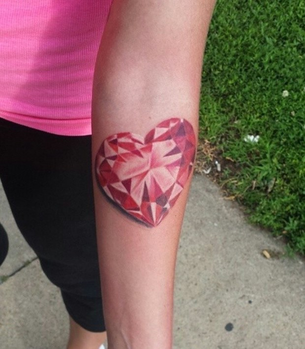 43 Amazing 3D Tattoo Designs for Girls
