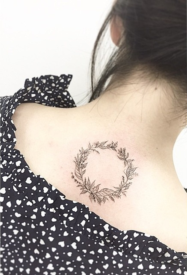 laurel wreath tattoo-28