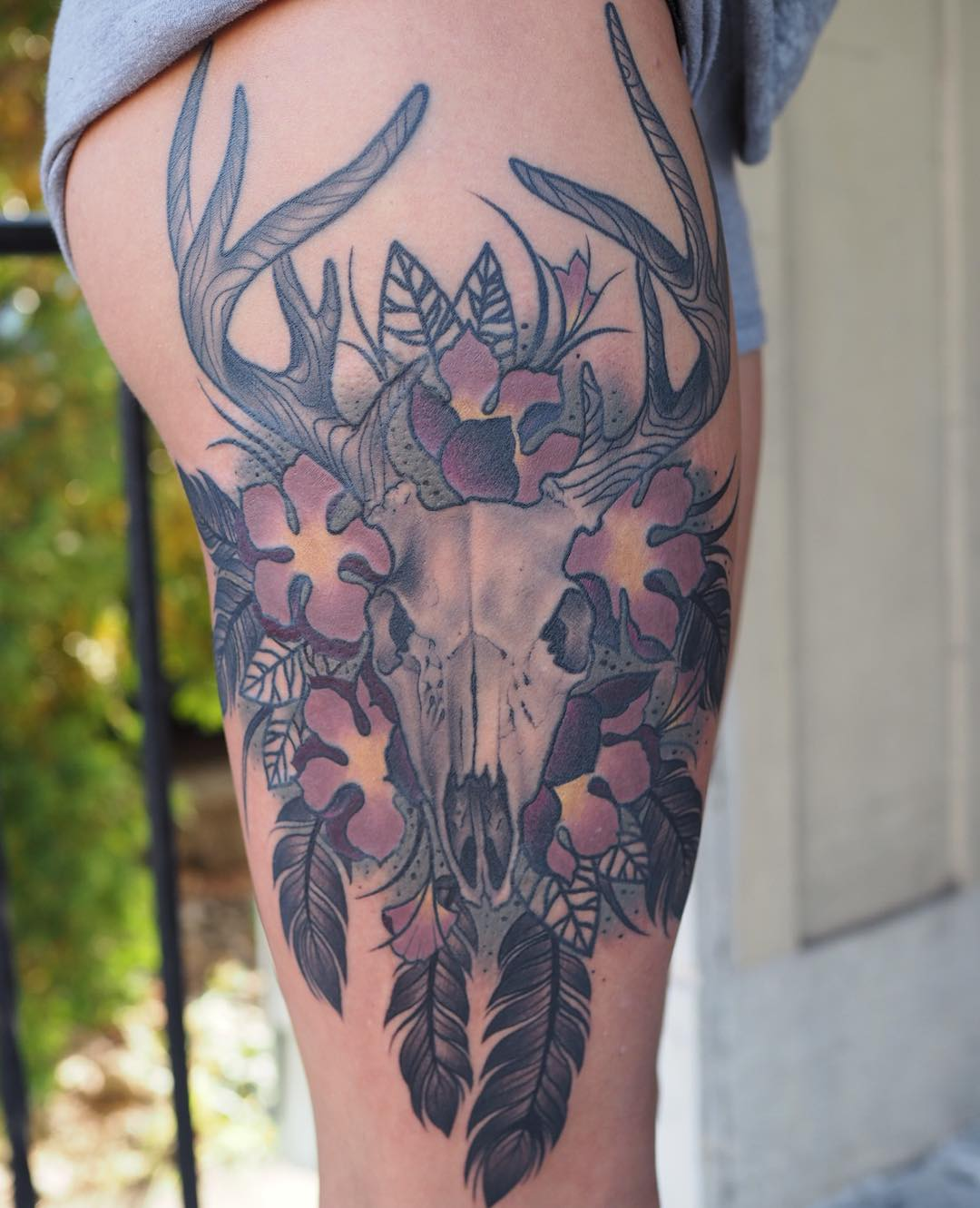 Deer-Skull-Tattoos-on-Thigh