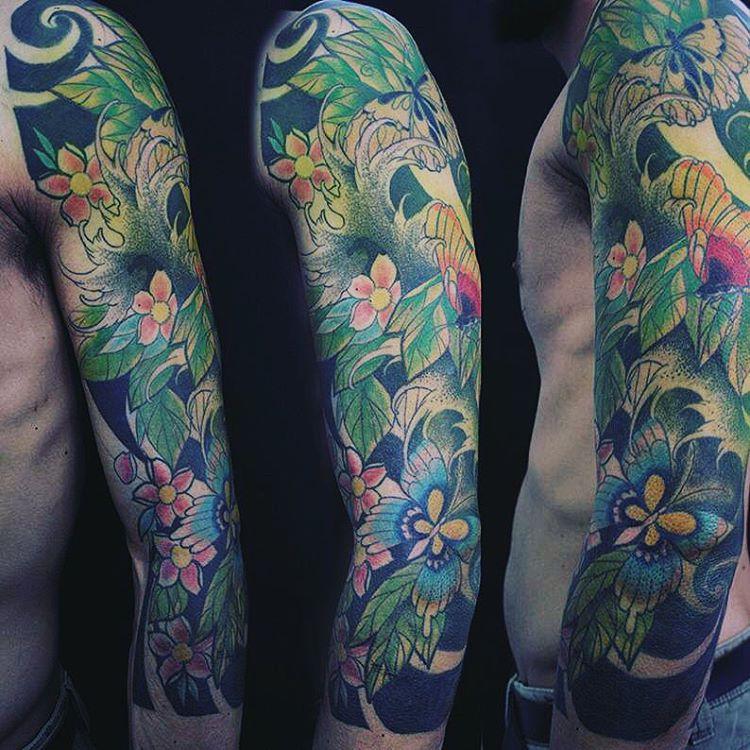 Japanese full sleeve flower tattoos