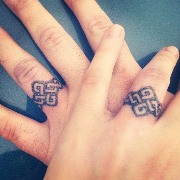 tattoo designs for wedding ring finger