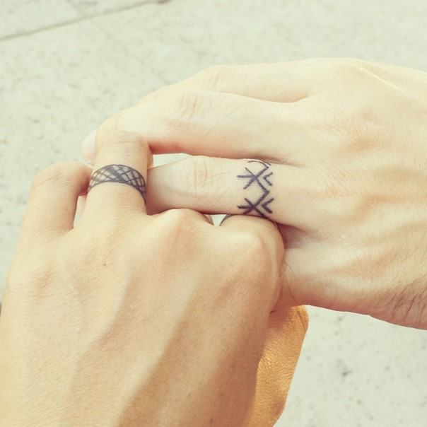 wedding ring tattoo-3