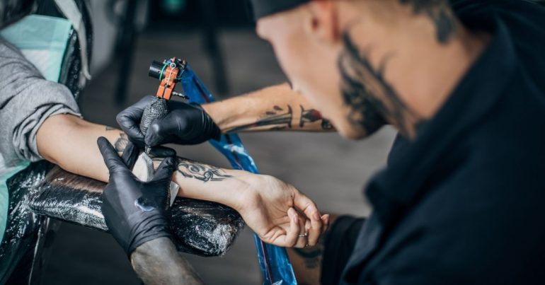 Best Tattoo Armrest: Reviews and Buying Guide 2021