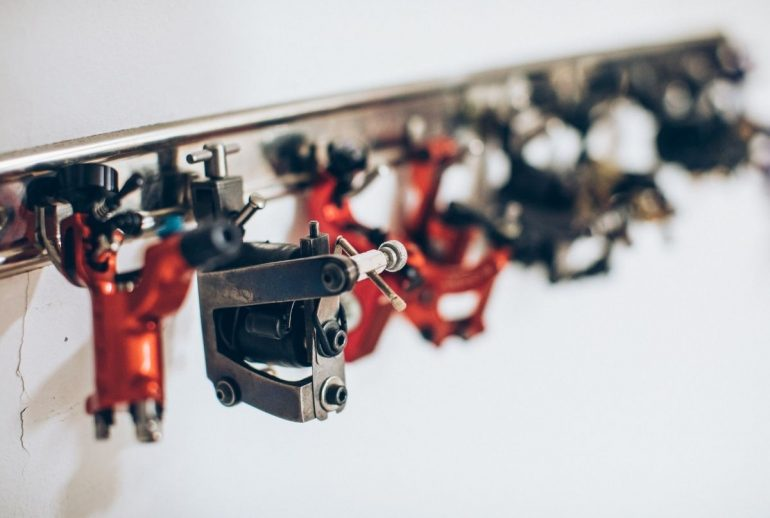 The Best Tattoo Guns: Reviews and Buying Guide 2021
